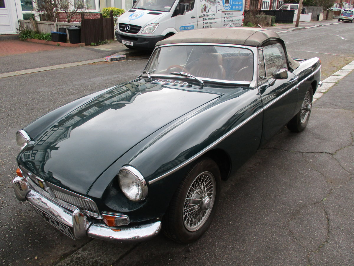 1972 mgb roadster For Sale (picture 5 of 6)