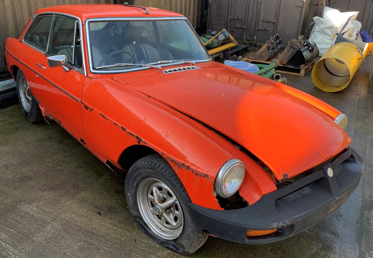 1981 2 x MGB GT's for restoration For Sale by Auction (picture 3 of 6)