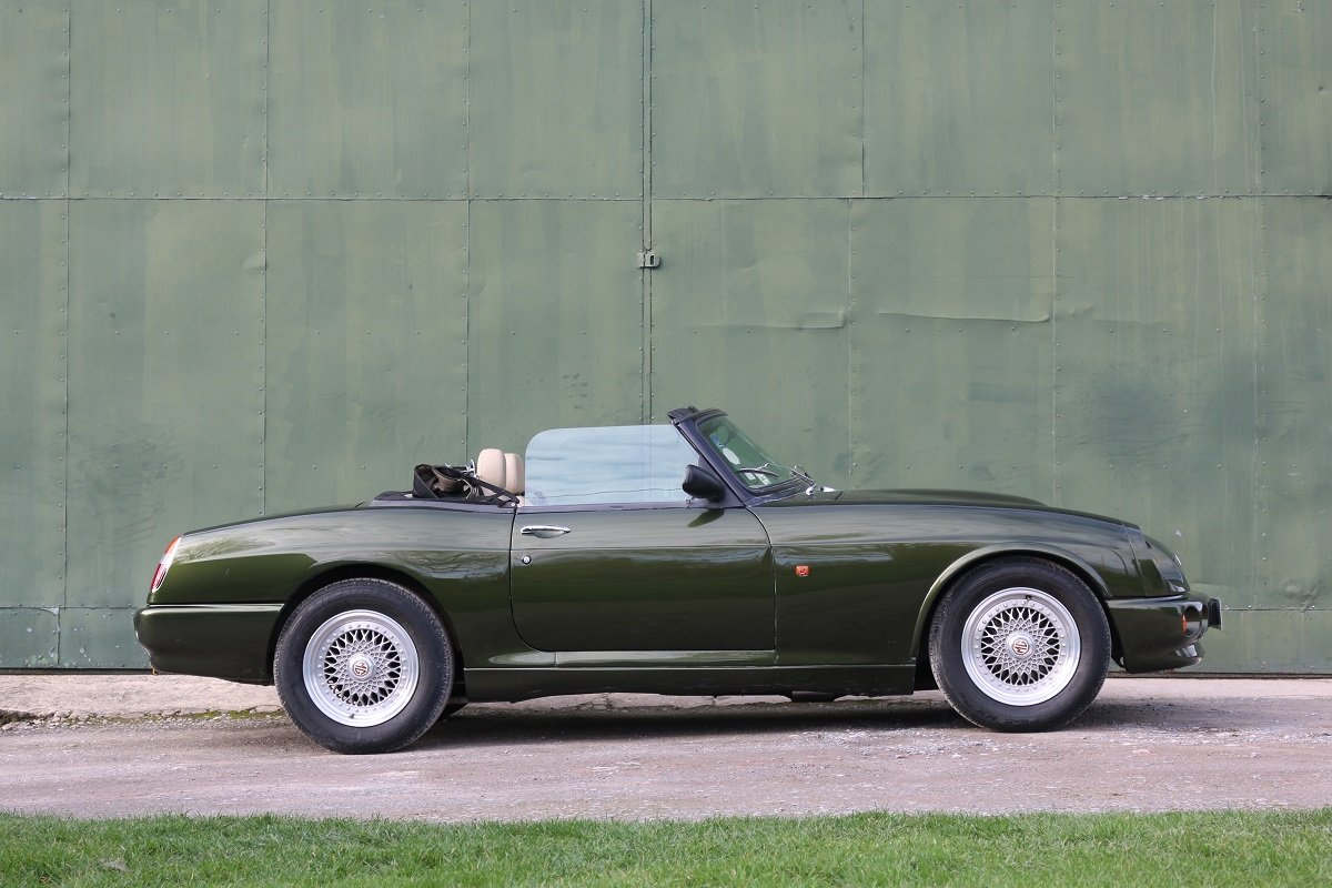 1995 MG RV8,Just 19k miles,extensive history. For Sale (picture 2 of 6)