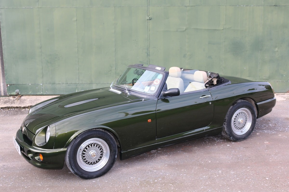 1995 MG RV8,Just 19k miles,extensive history. For Sale (picture 3 of 6)