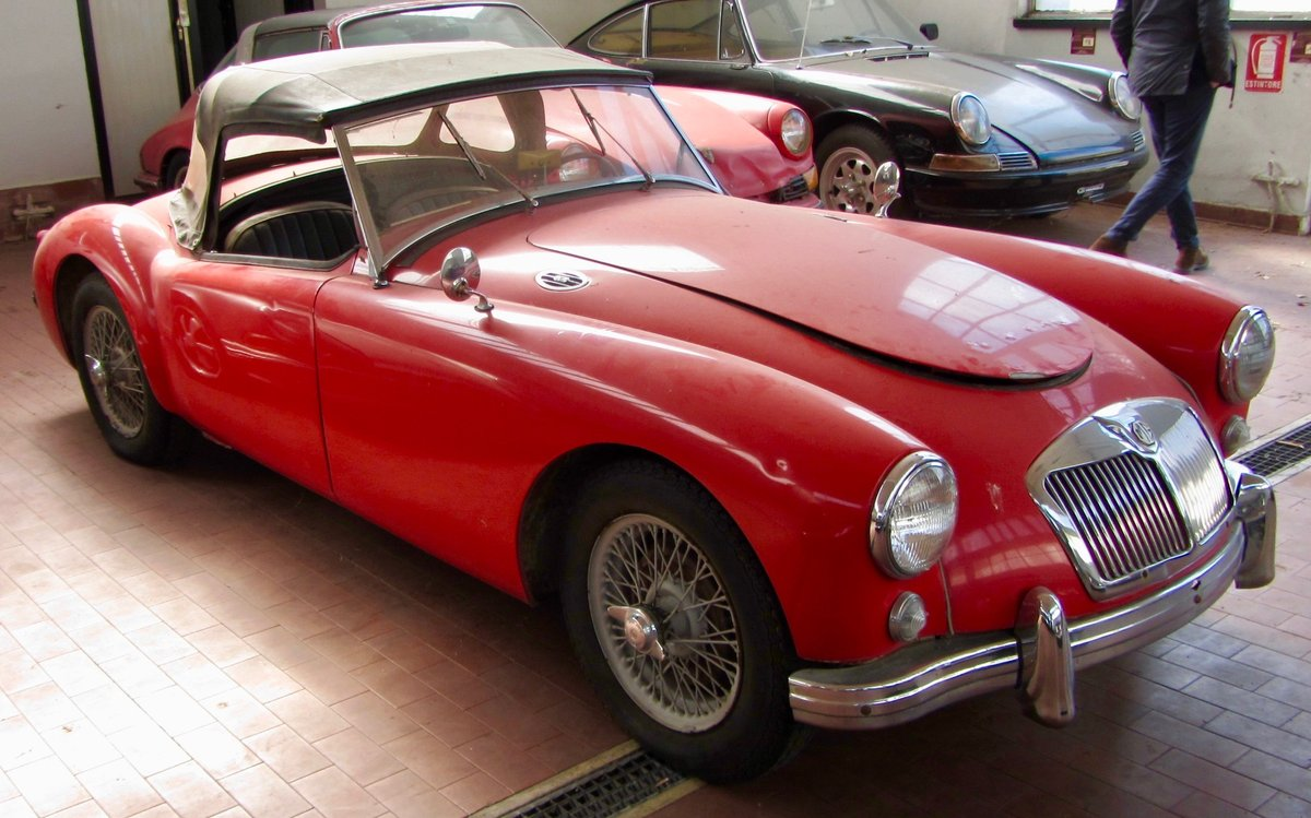 MGA 1.5 1957 RODSTER For Sale (picture 2 of 6)