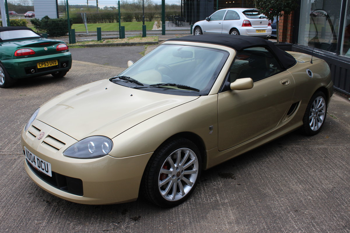 MG 2004 TF 135,RARE COLOUR,34K,NEW HEADGASKET,BELT & PUMP SOLD (picture 2 of 6)