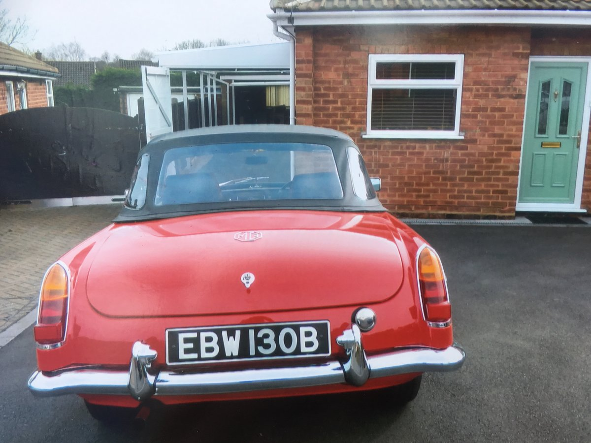 MGB Roadster 1963 For Sale (picture 1 of 6)