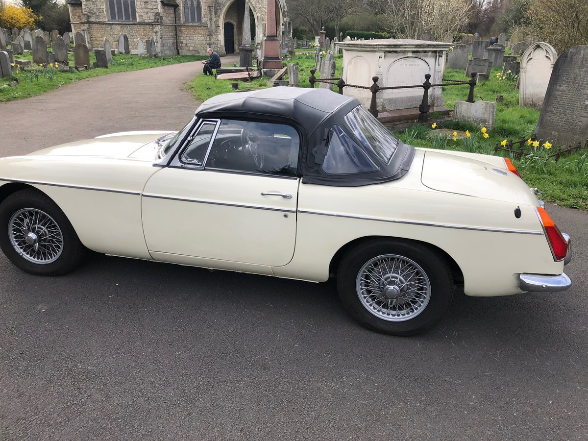 MGB Roadster 1970 For Sale (picture 2 of 6)
