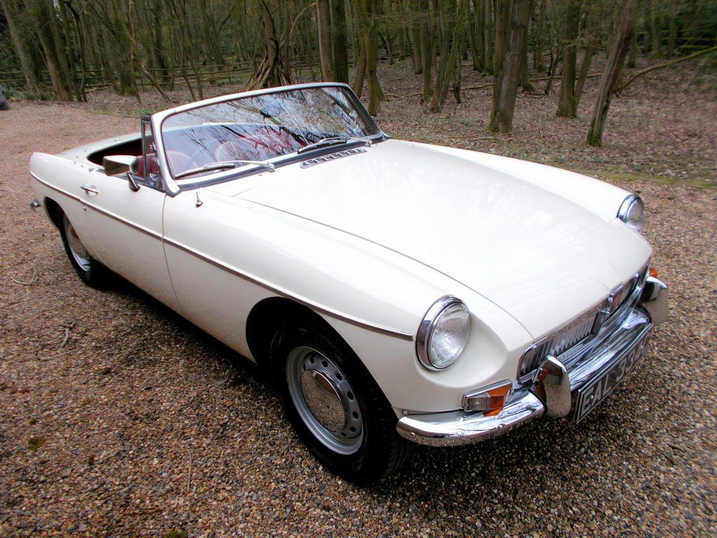 1965 MGB Roadster Rebuilt on Heritage Shell  SOLD (picture 1 of 6)