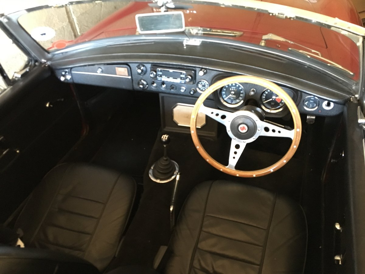 MGB Roadster 1969  For Sale (picture 4 of 6)