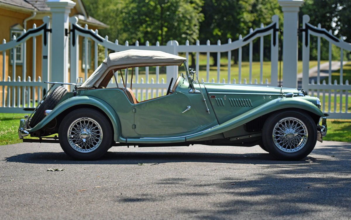 1954 Vintage MG TF Roadster For Sale (picture 2 of 6)