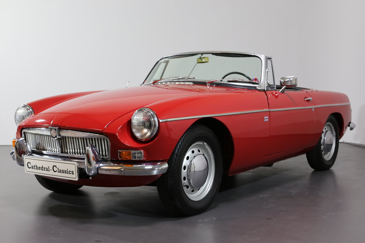 1967  MK1 LHD MG B Roadster - pull handle model- with a secret! SOLD (picture 1 of 6)