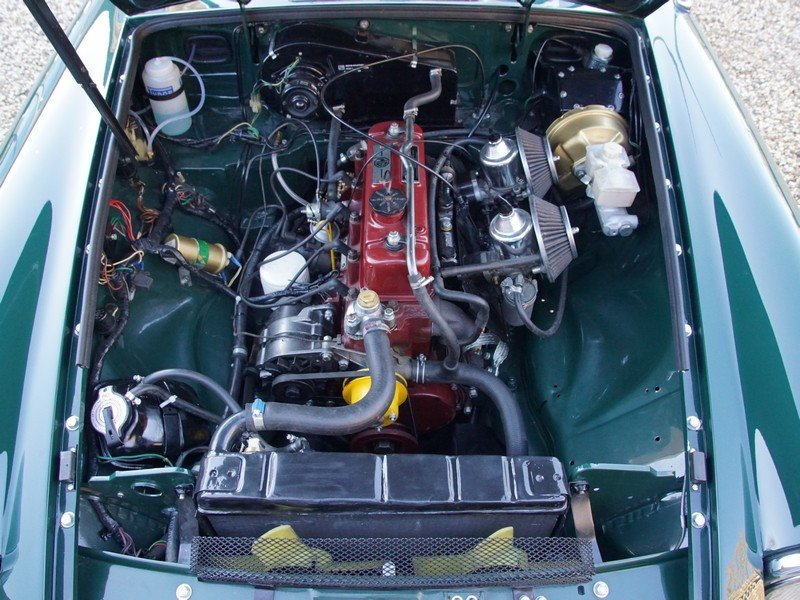 1978 MG B Roadster fully restored condition, overdrive For Sale (picture 4 of 6)