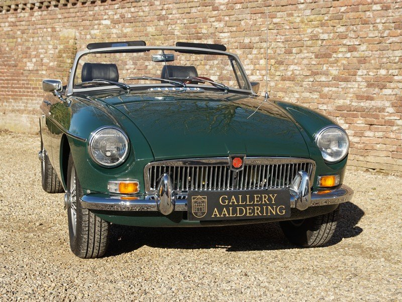 1978 MG B Roadster fully restored condition, overdrive For Sale (picture 5 of 6)