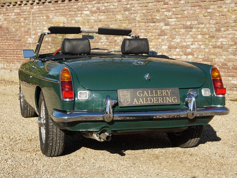 1978 MG B Roadster fully restored condition, overdrive For Sale (picture 6 of 6)