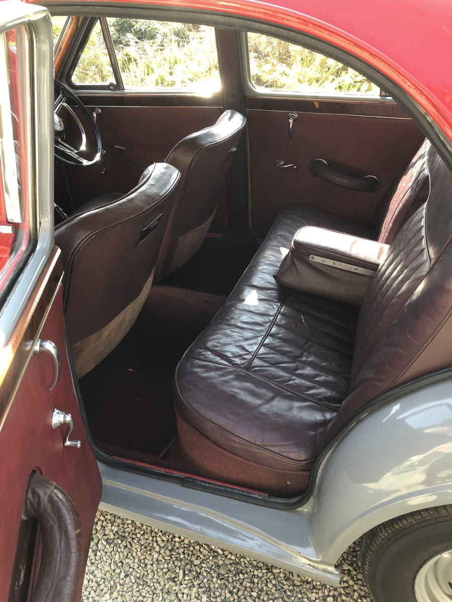 1957 MG Magnette ZB Varitone  £6,800 SOLD (picture 4 of 6)