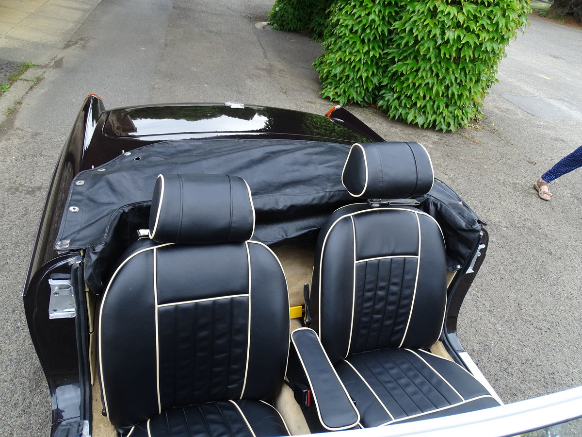 MG Roadster 1974 Chrome bumper 24,000 miles For Sale (picture 5 of 6)