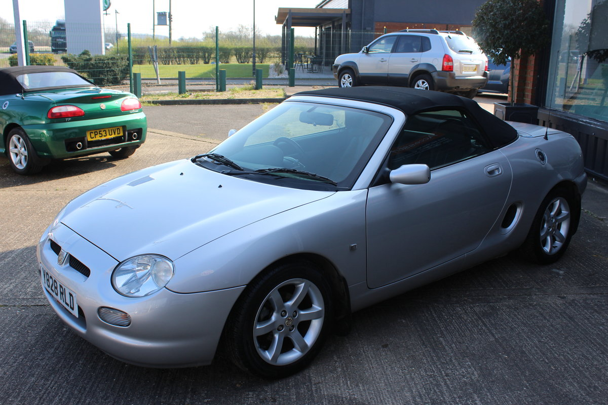 2001 MGF AUTO,ONLY 25000 MLS,FULL LEATHER,NEW HEADGASKET SOLD (picture 2 of 6)