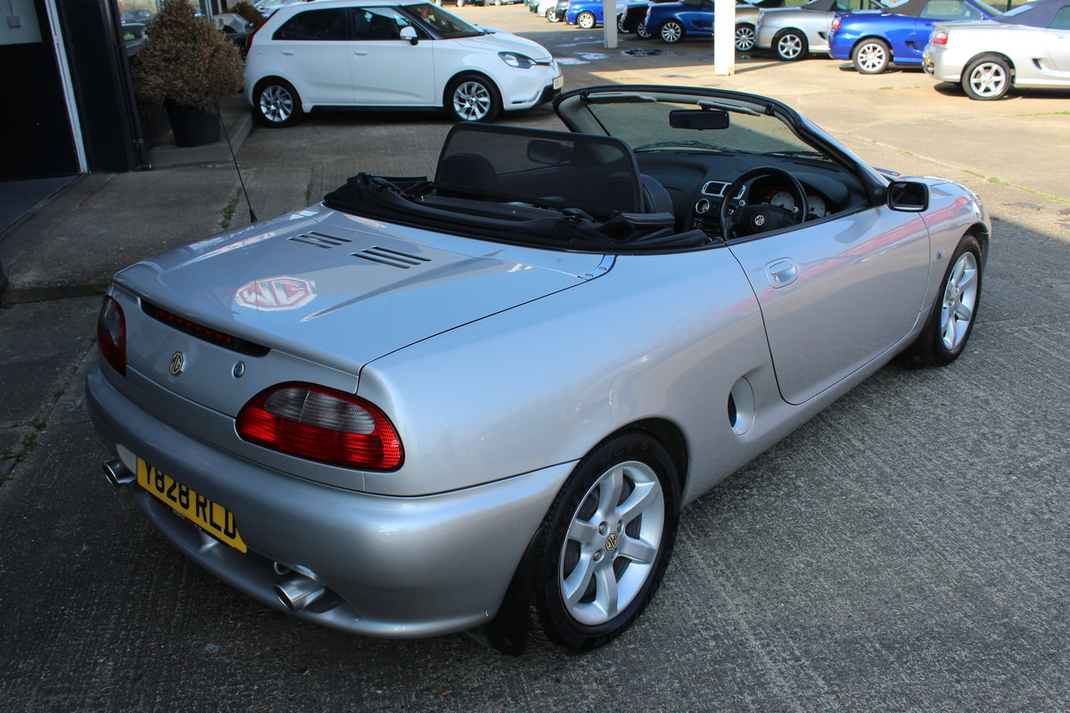 2001 MGF AUTO,ONLY 25000 MLS,FULL LEATHER,NEW HEADGASKET SOLD (picture 4 of 6)