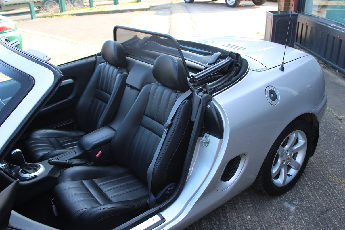 2001 MGF AUTO,ONLY 25000 MLS,FULL LEATHER,NEW HEADGASKET SOLD (picture 6 of 6)