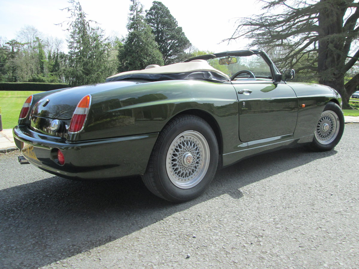 1994 MG RV8 For Sale (picture 5 of 6)
