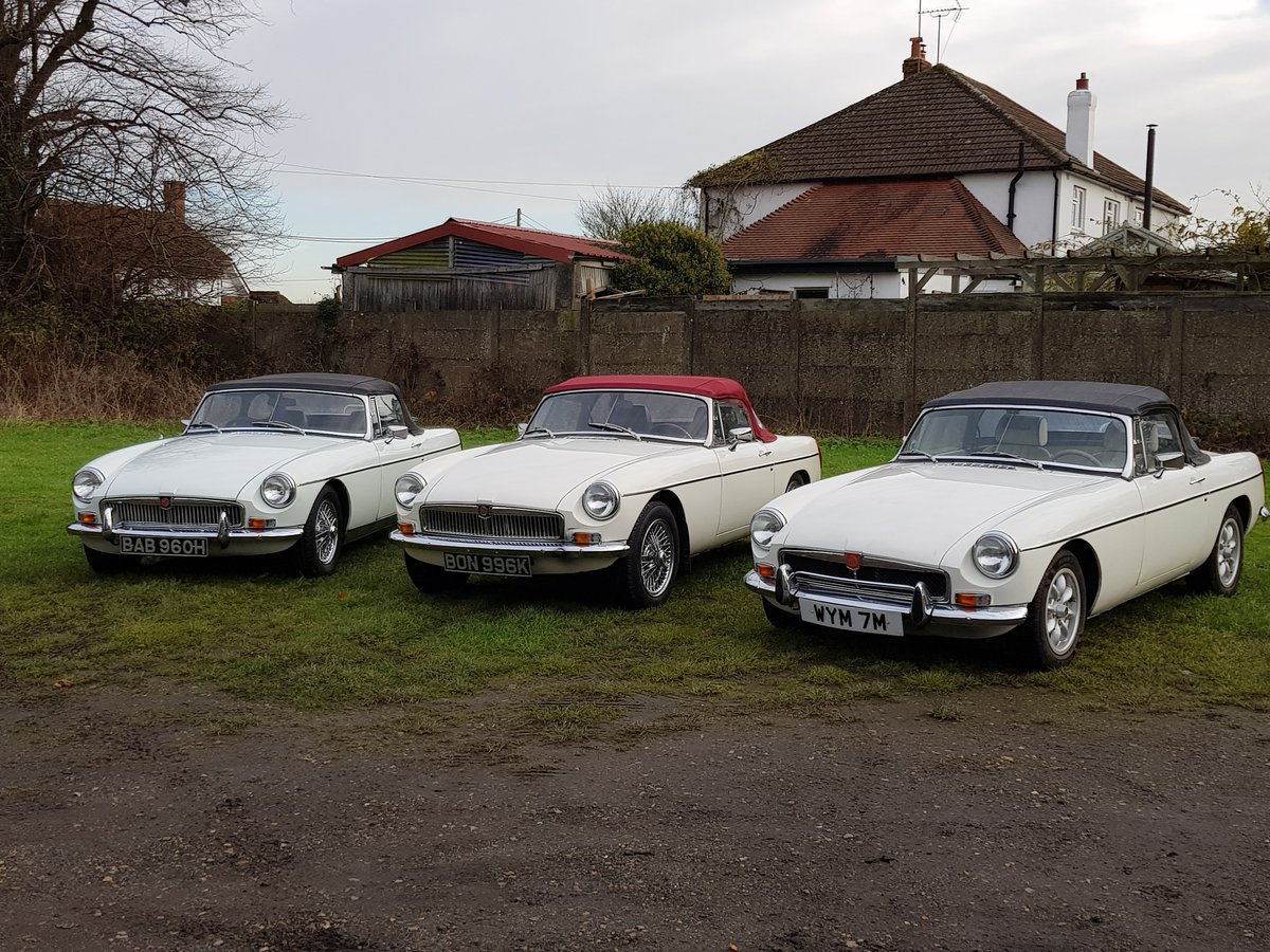 1970 MG B Roadsters & GTs - L E F T - H A N D - D R I V E For Sale (picture 1 of 6)