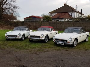 1970 MG B Roadsters & GTs - L E F T - H A N D - D R I V E For Sale