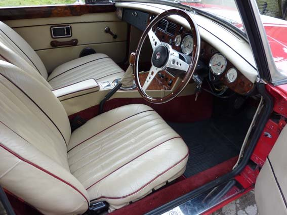 1970 MG B Roadsters & GTs - L E F T - H A N D - D R I V E For Sale (picture 6 of 6)