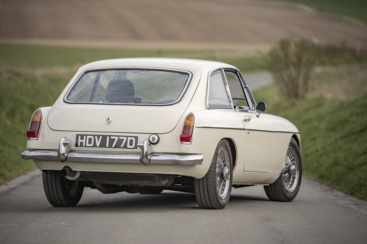 1966 FRONTLINE MGB LE50 - Stunning & Rare - on The Market SOLD by Auction (picture 3 of 6)