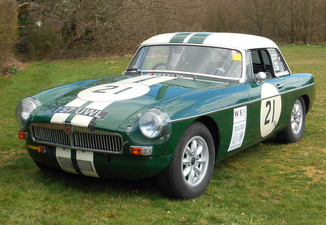 1963 Very Competitive MGB Race Car For Sale (picture 1 of 6)