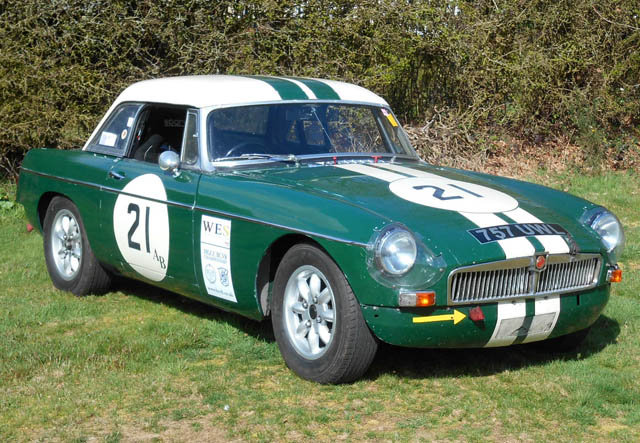 1963 Very Competitive MGB Race Car For Sale (picture 2 of 6)