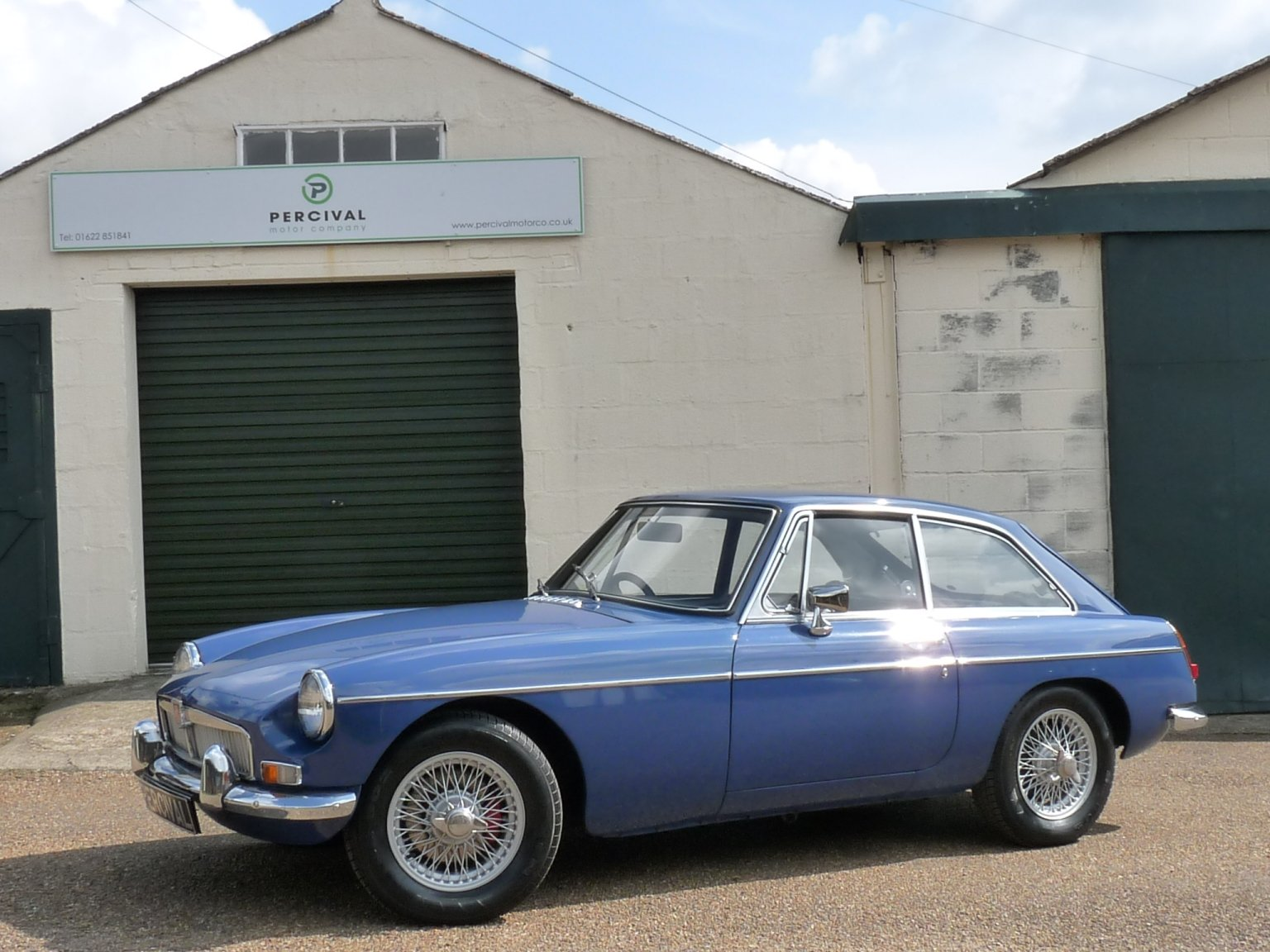1968 MGB GT automatic, Sold SOLD (picture 1 of 6)