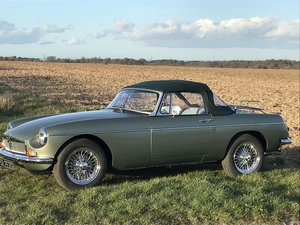 1973 MGB Roadster 3.5 V8 full rebuild on new bodyshell For Sale