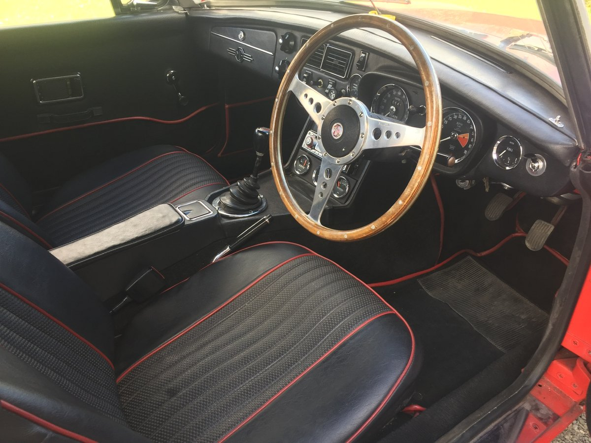 MGB Roadster 1972 For Sale (picture 3 of 6)
