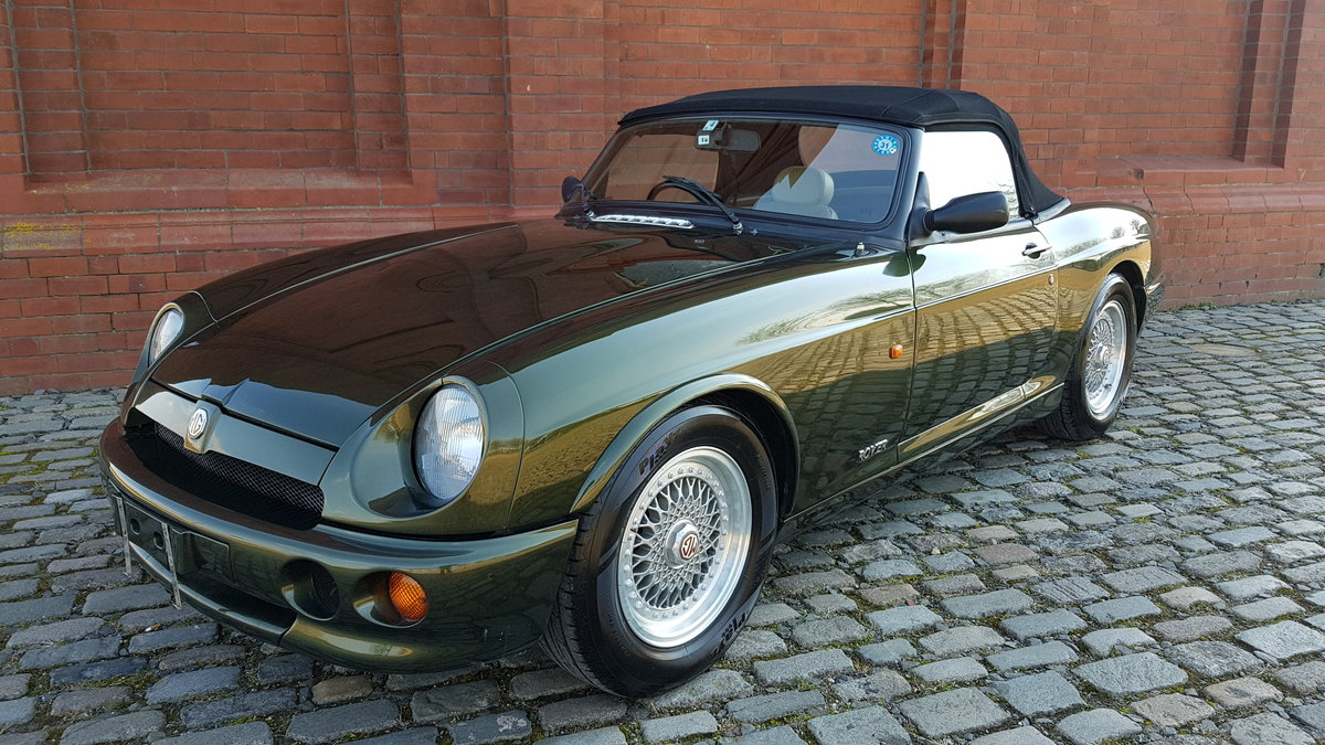 1994 MG RV8 4.0 CONVERTIBLE * ONLY 16000 MILES * TOP GRADE IMPORT For Sale (picture 1 of 6)