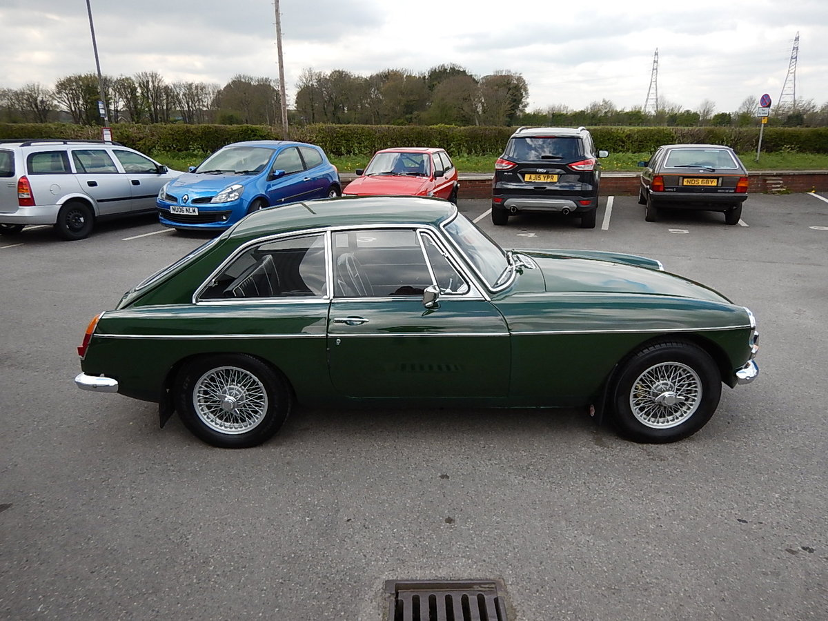 1968 MGB GT ~ Leather ~ Manual with Overdrive ~ Wire Wheels ~  SOLD (picture 3 of 6)