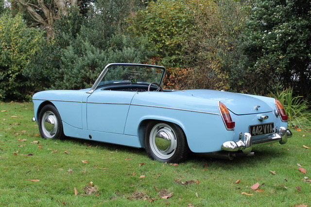 1962 MG Midget  SOLD (picture 1 of 6)