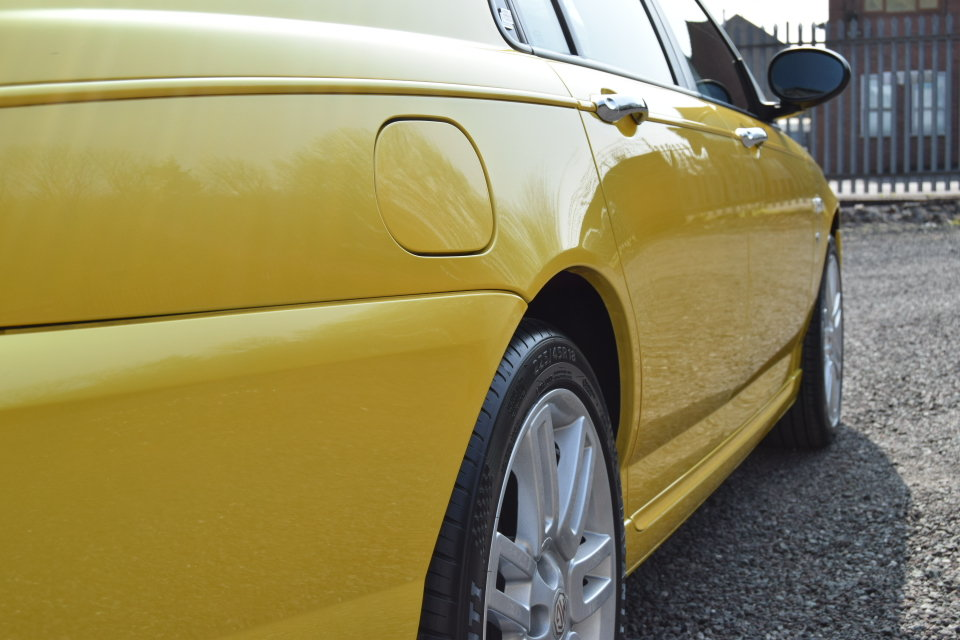 2004 MG ZT+ Just 23,479 Miles, Monogram Paint, Stunning Car! SOLD (picture 3 of 6)