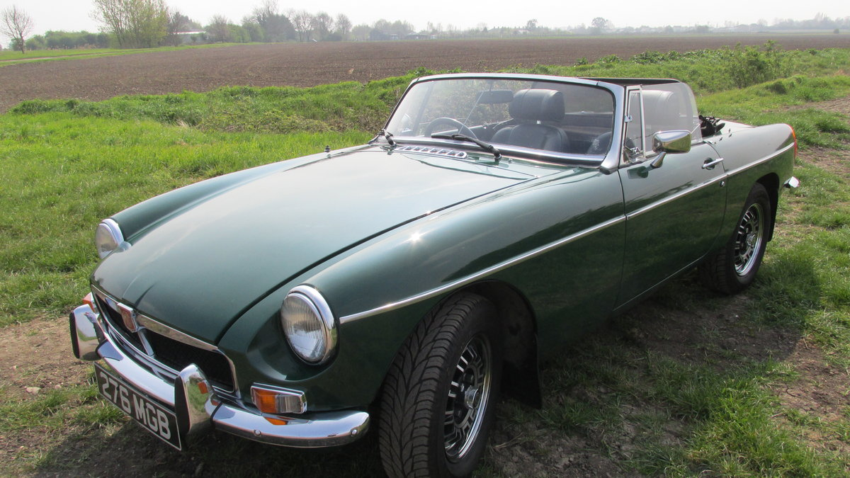 1976 MGB V8 Roadster For Sale (picture 2 of 6)