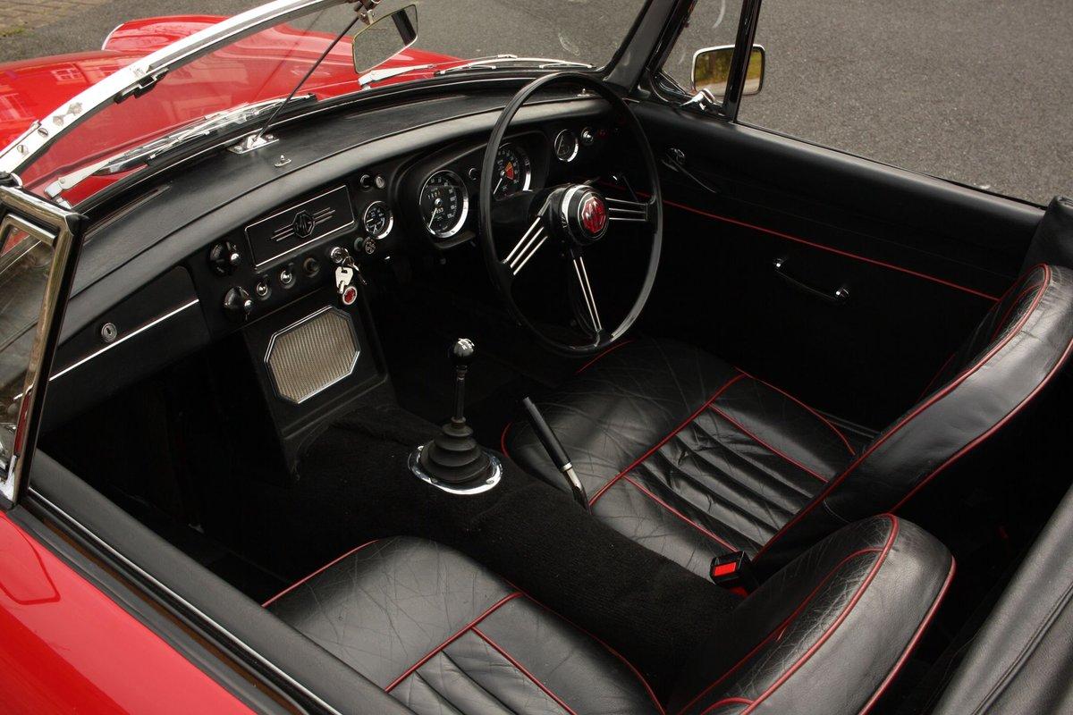 1968 Mk1 MGB Roadster - Tartan Red, Disc Wheels, Older Resto SOLD (picture 3 of 6)