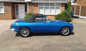 1972 Mgb roadster v8 full nut and bolt rebuild to show For Sale
