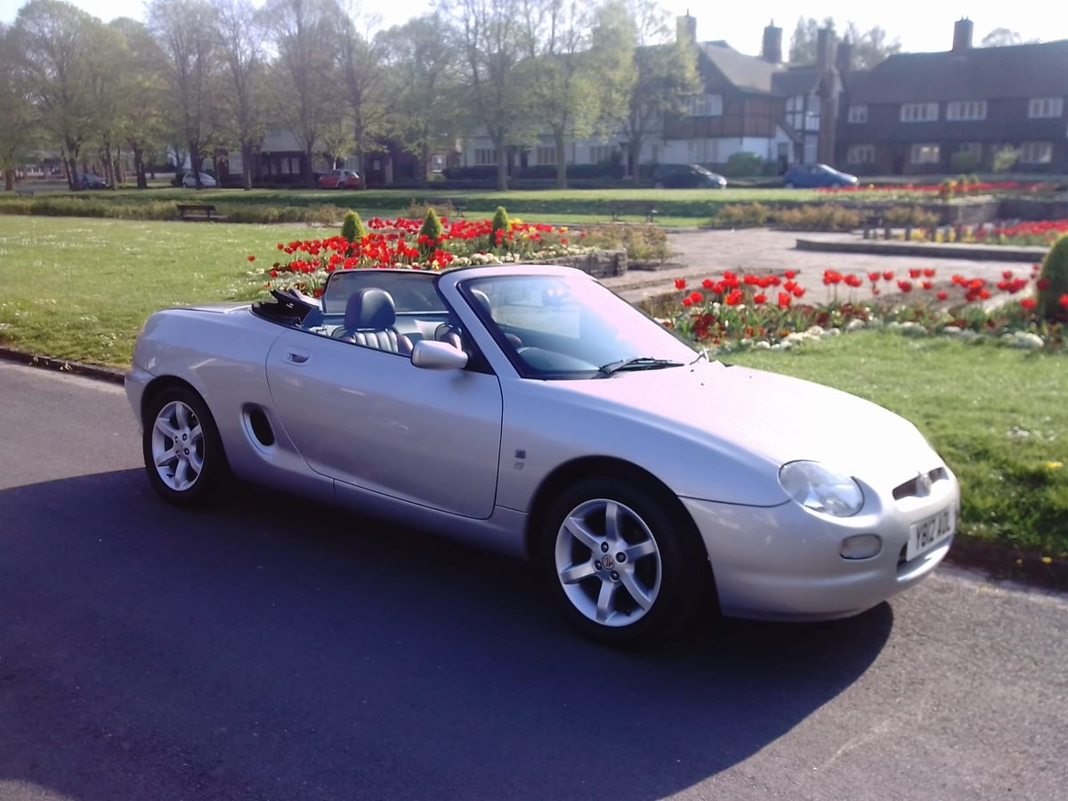 2001 MG F STEPOTRONIC  AUTO  IN OUTSTANDING CONDITION For Sale (picture 1 of 6)