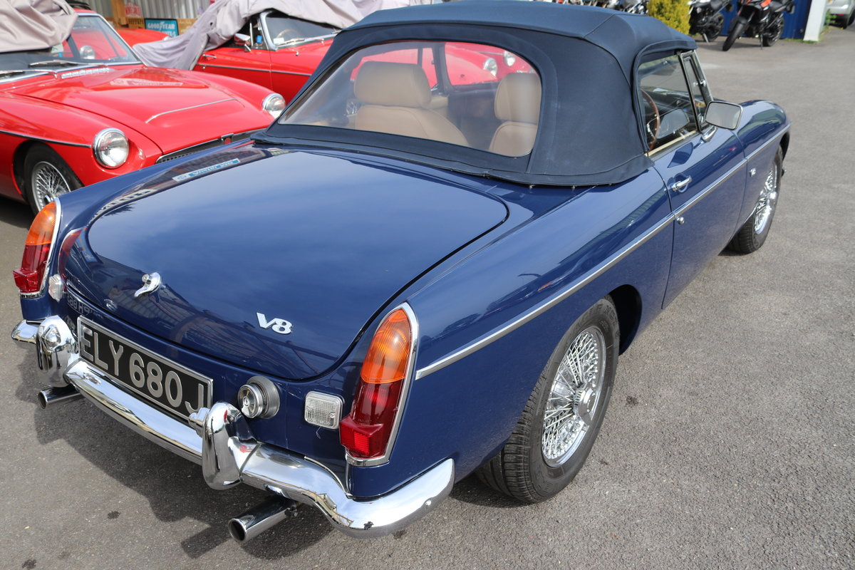 MGB V8 Roadster,1970, Special build SOLD (picture 5 of 6)