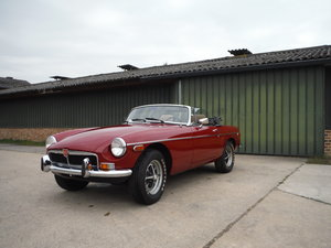 Nice MGB, original paint, no rust