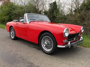 1972 MG Midget (round wheel arch model)