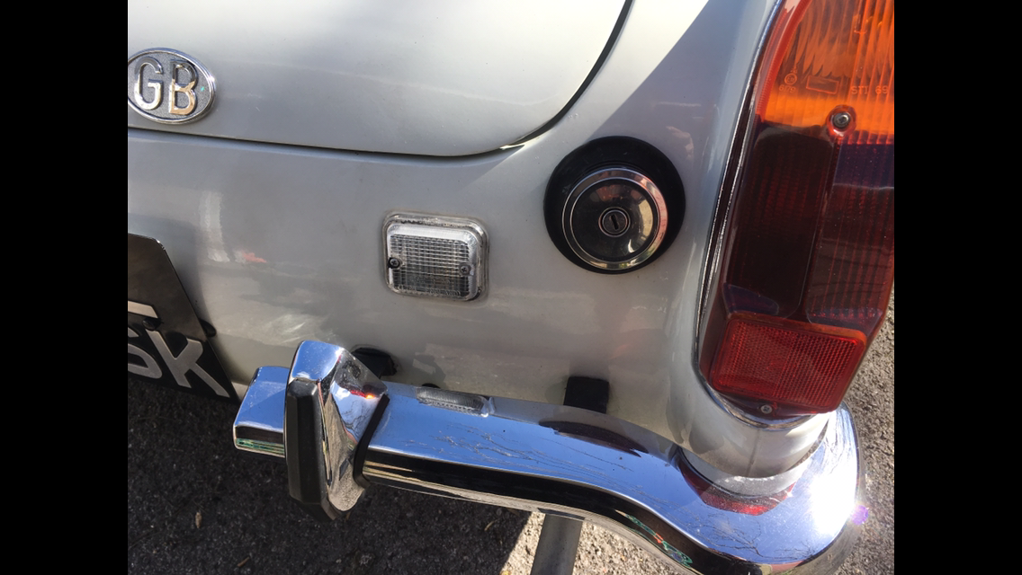 1972 White MG Midget Round Wheel Arch 1275 For Sale (picture 4 of 6)