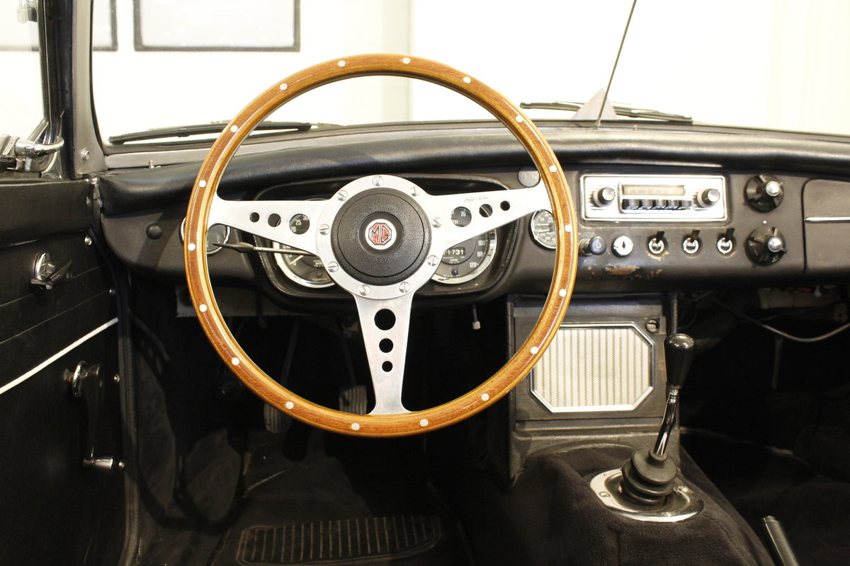 1964 MG B 1.8 Roadster For Sale (picture 4 of 6)