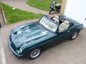 1994 RV8 British Racing Green, very good condition For Sale