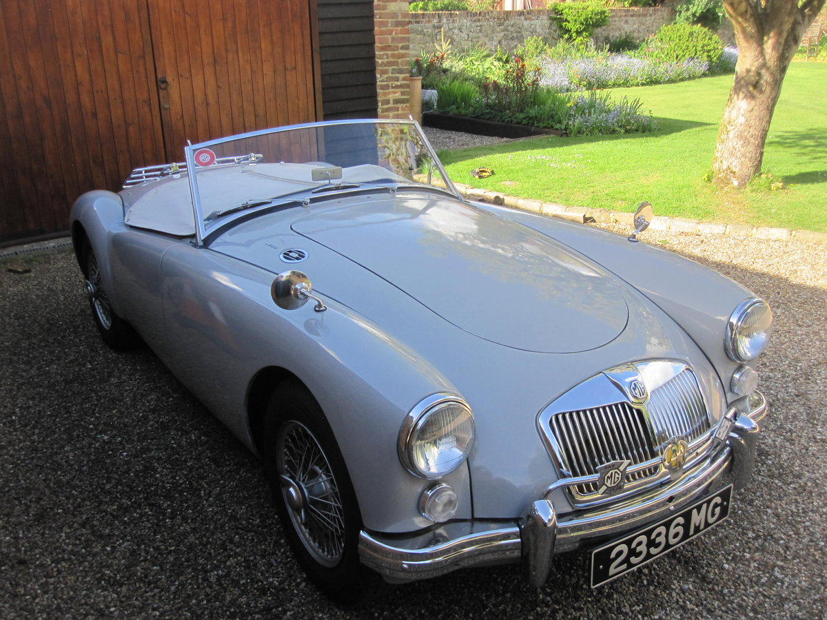 1959 MGA Roadster LHD-1800cc engine - SALE PENDING SOLD (picture 4 of 6)