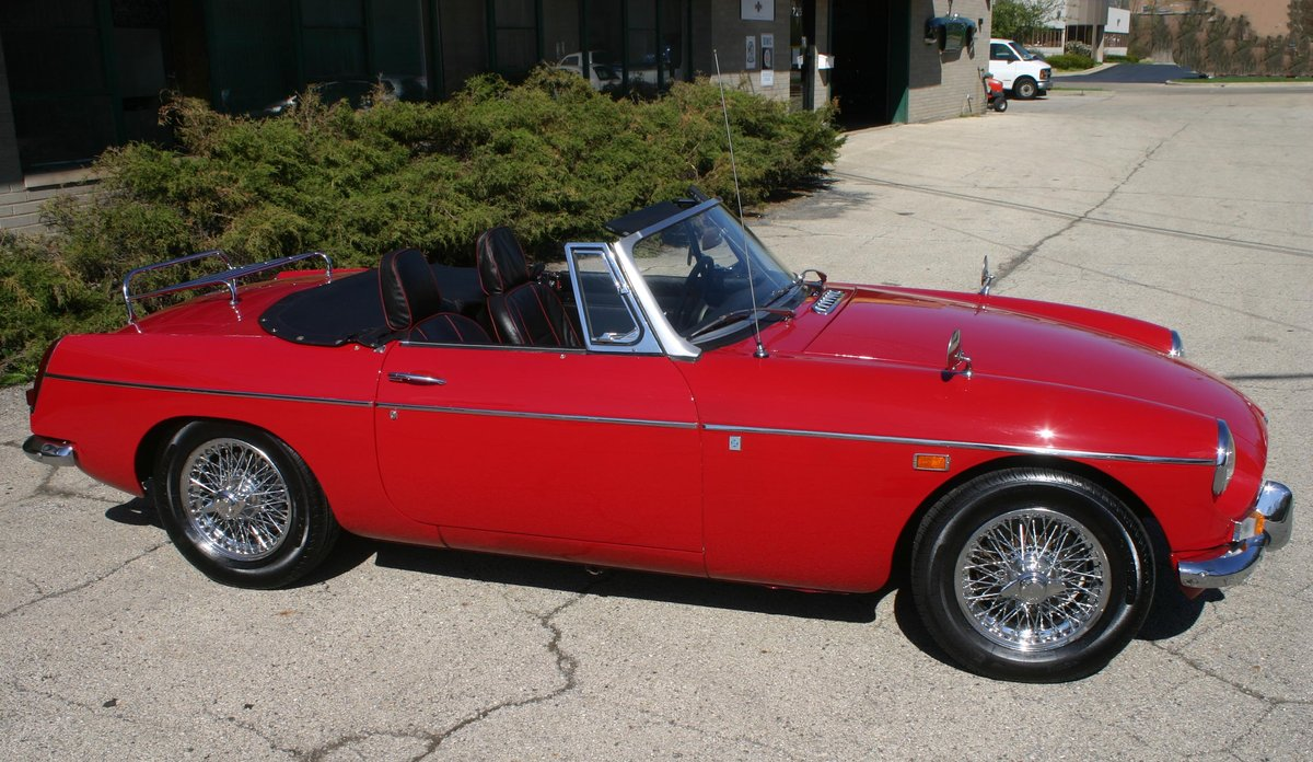 1969 MGB roadster For Sale (picture 2 of 6)