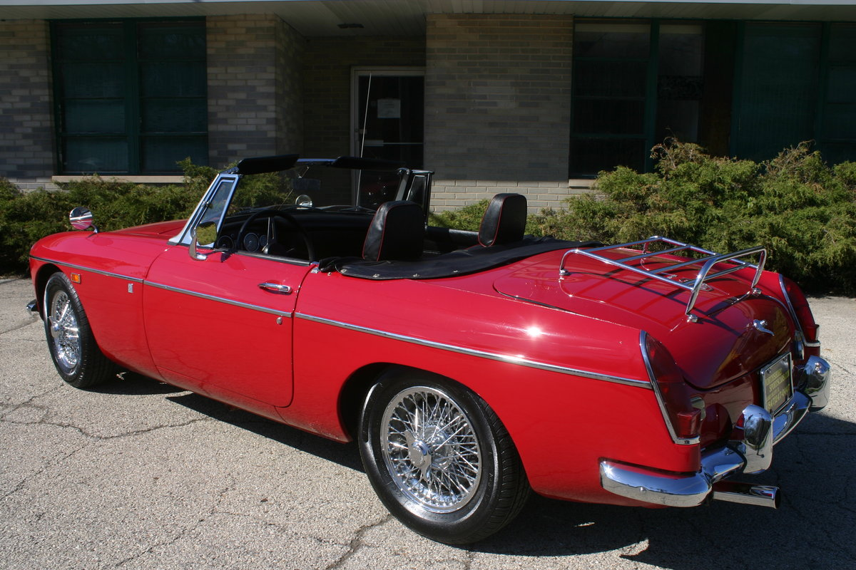 1969 MGB roadster For Sale (picture 4 of 6)