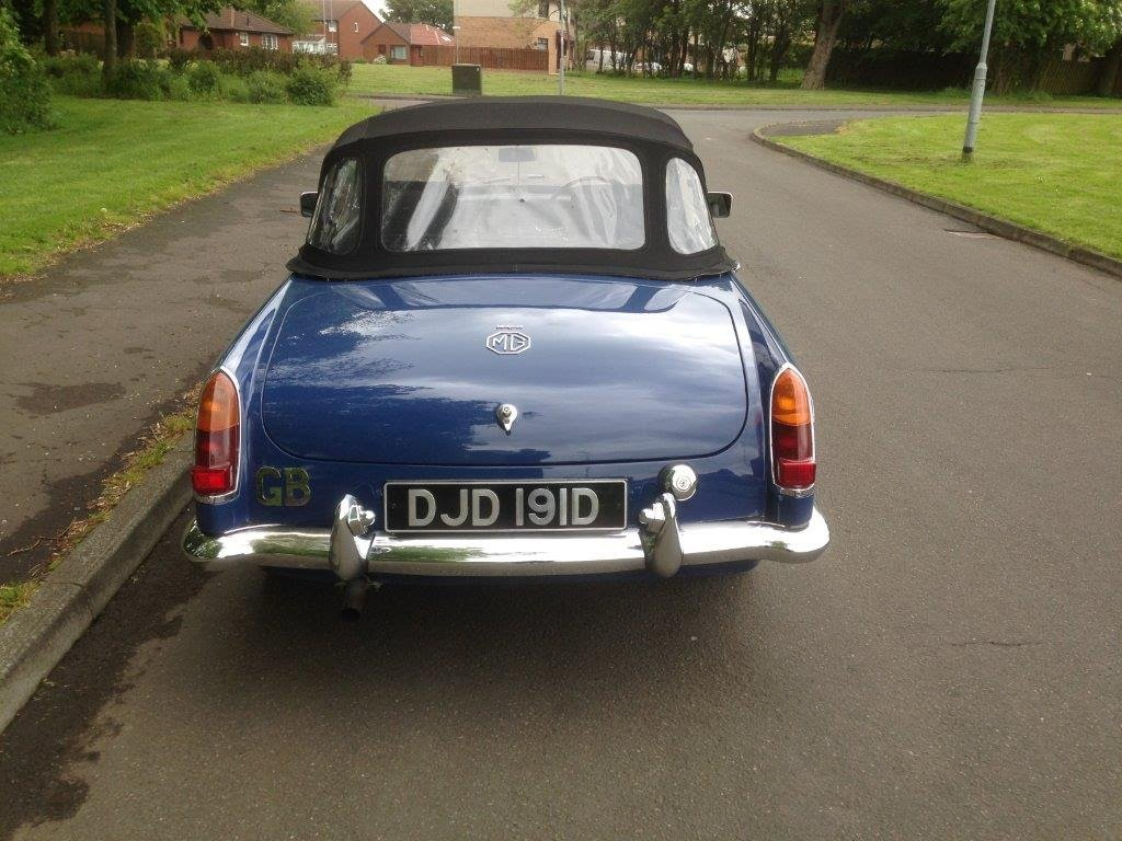 1966 Blue MGB roadster For Sale (picture 6 of 6)