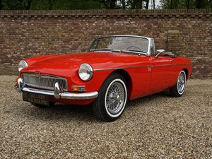 1963 MG B Roadster 'pull-handle' first series, fully restored con For Sale