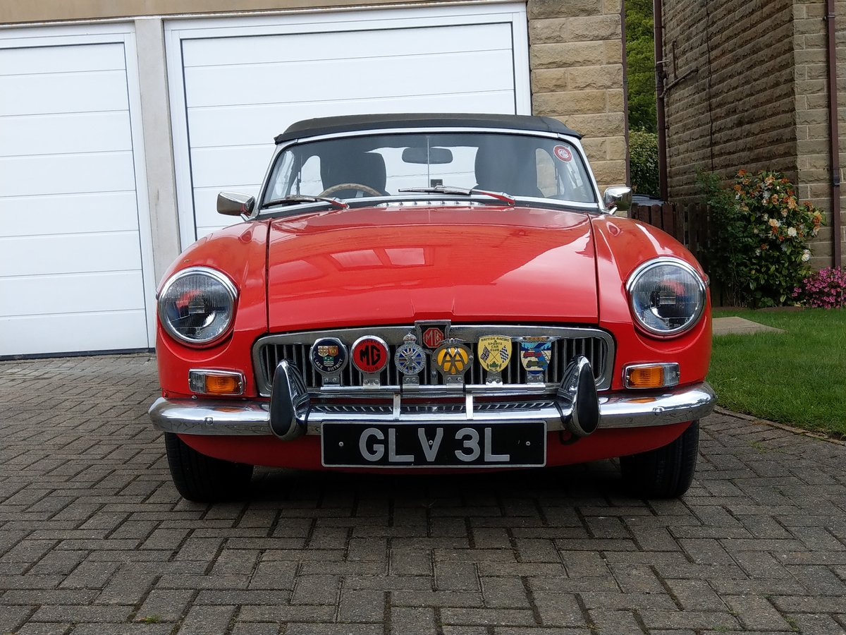 MGB Roadster, chrome bumper, O/D, 1972/3 SOLD (picture 2 of 5)